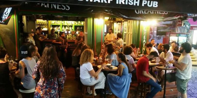 Dwarf Irish Pub