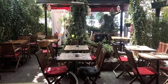 Sardunya Cafe
